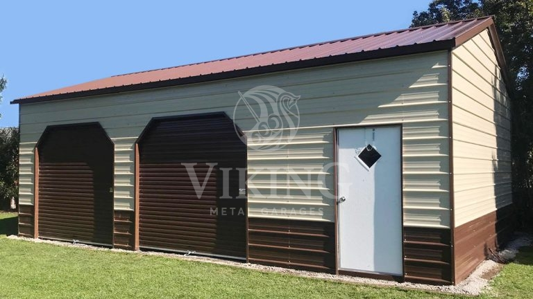24x30x10 Enclosed Side Entry Garage