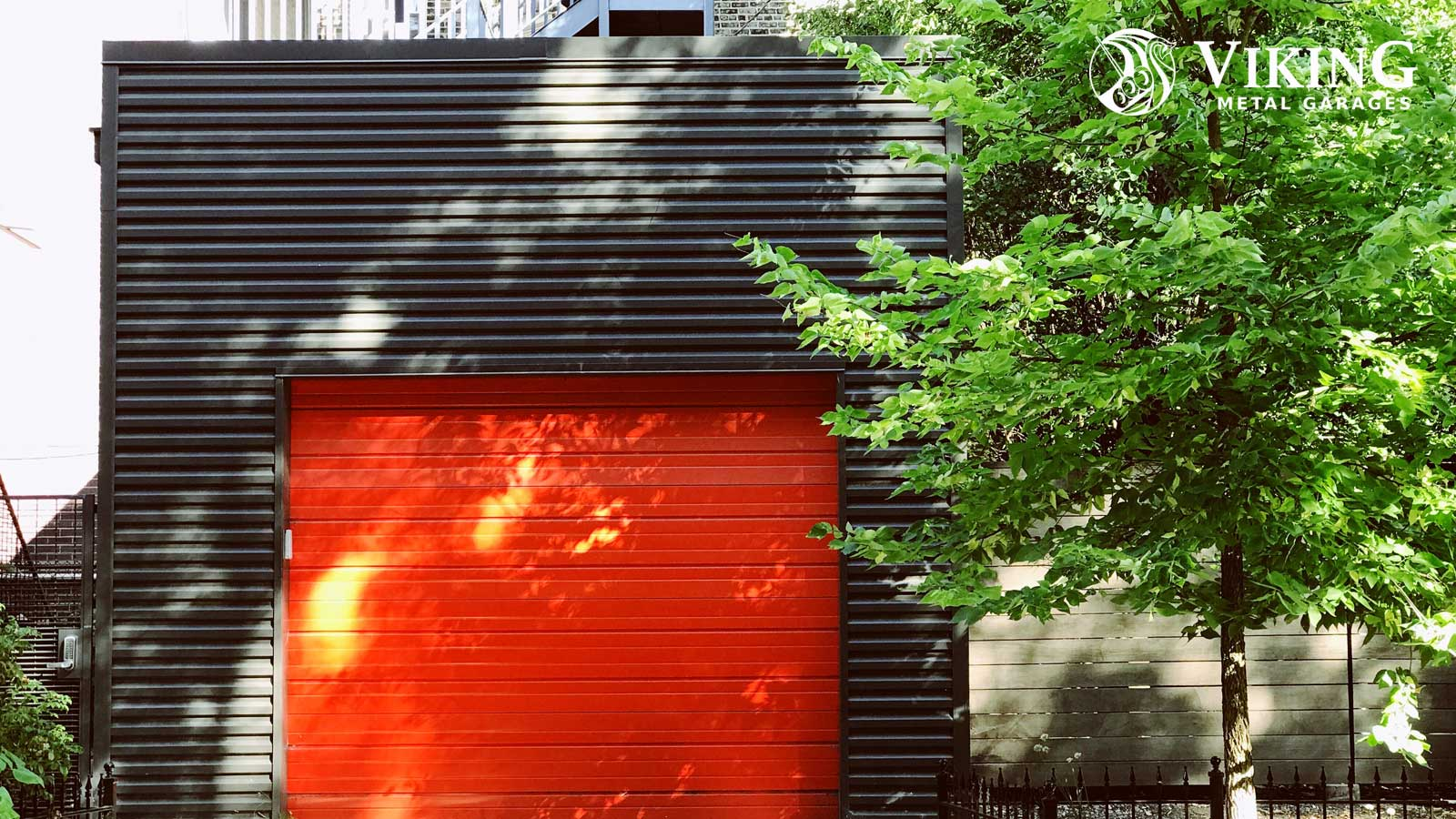 How to Choose the Right Overhead Door for Your Metal Garage?